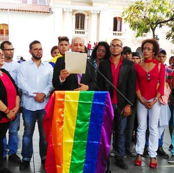 DECLARACIÓN DECRETO LIBRE DE HOMO-LESBO-TRANSFOBIA